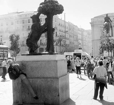 El turismo |Enrique Tierno Galván| [extracto del bando madrileño de febrero de 1982]